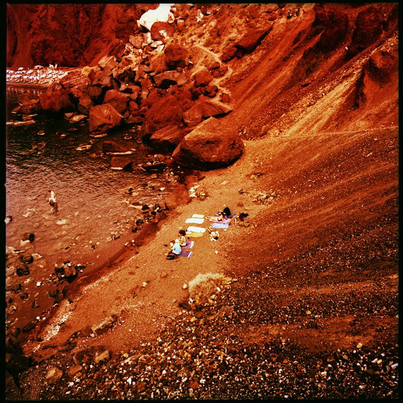 Griechenland 2009 * Santorini, Red Beach * Hasselblad 500c/m * Rossi Photography * Reisereportage