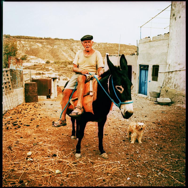 Griechenland 2009 * Santorini * Minas * Hasselblad 500c/m * Rossi Photography * Reisereportage