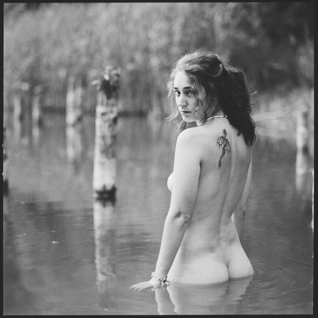 Aktfotografie Gießen, Hessen, Deutschland * Rossi Photography * Nude Photography * Sinnliche Fotografie * stolenmoments.de