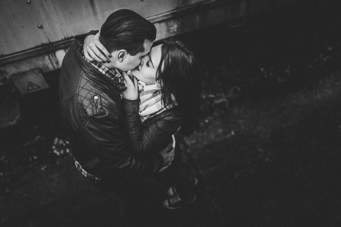 Außergewöhnliche Paar-Porträts - kreativ, hautnah & unique * Rossi Photography * stolenmoments.de * Euer Fotograf für Paar-Shootings und Hochzeitsreportagen