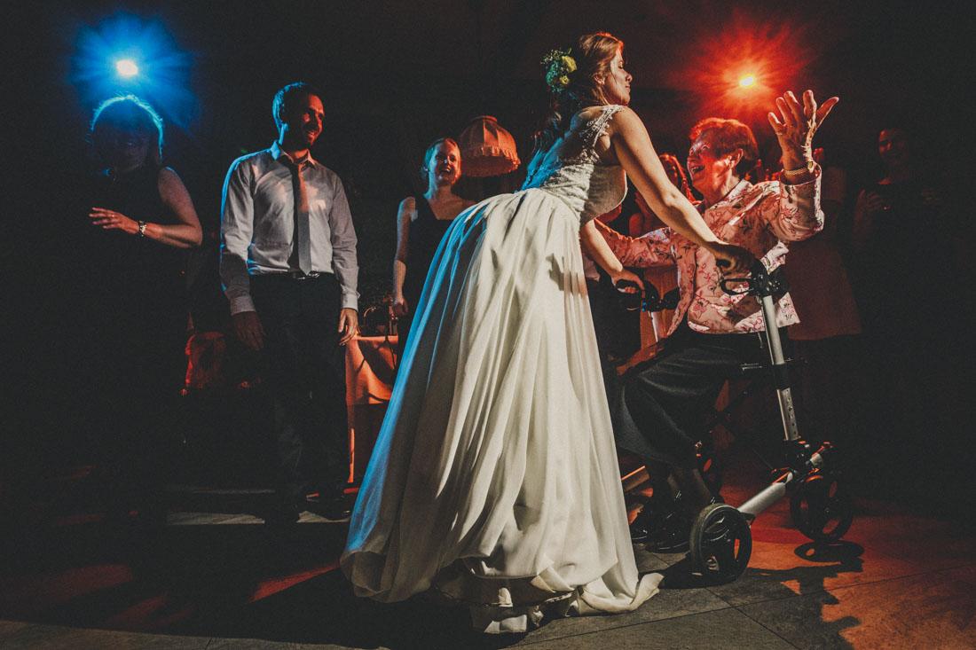 Hochzeit feiern im Landhaus Klosterwald - Hochzeitsfotograf Lich - Trauung in der Paradieskapelle - Hochzeitsfotograf Lich + Kloster Arnsburg