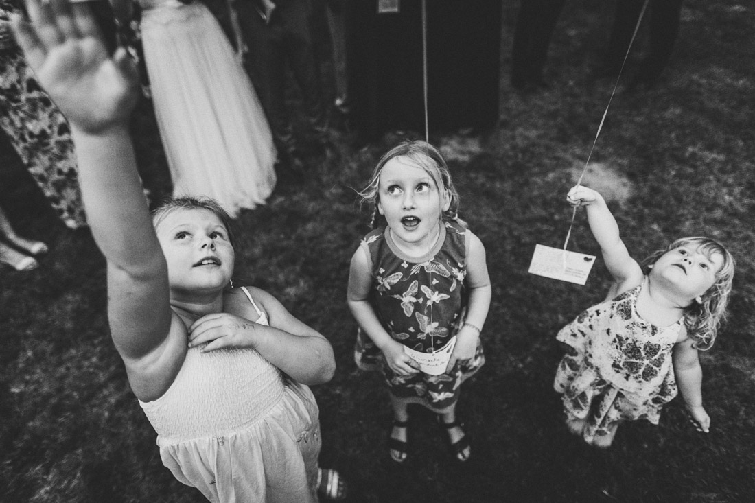 """Hochzeit in der Event-Scheune """"Blauer Löwe"""" im Landhotel Waldhaus in Laubach * Rossi Photography * Euer Hochzeitsfotograf Rossi Photography * Hochzeit im Landhotel Waldhaus"""