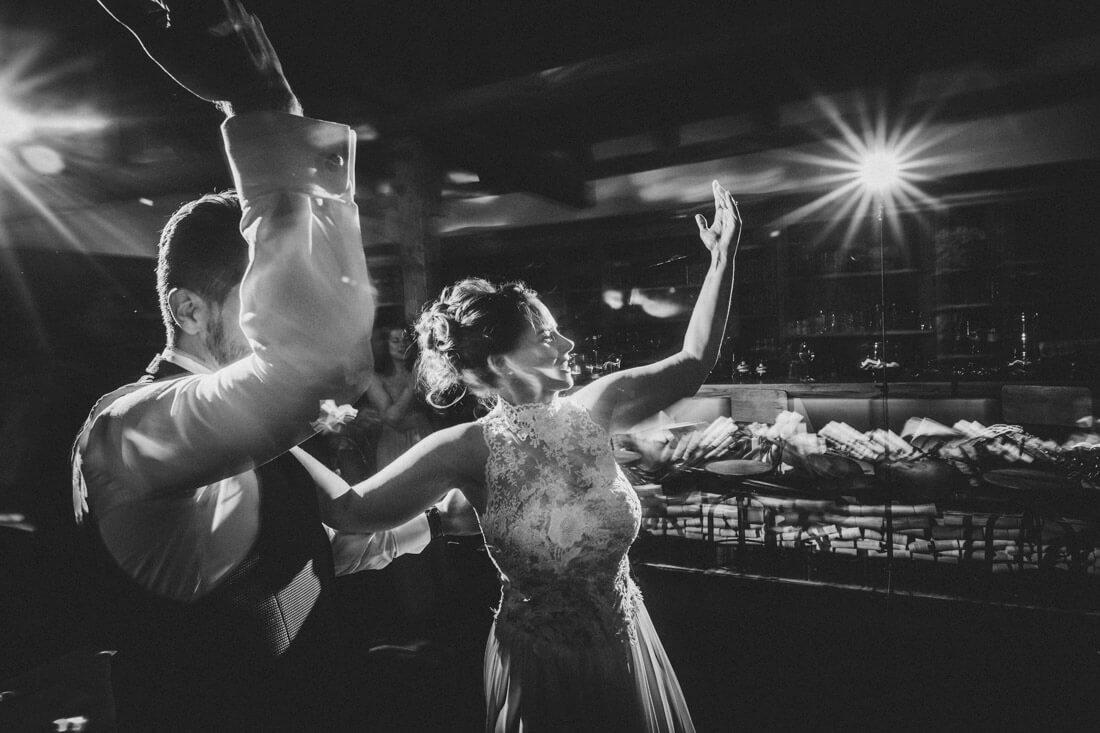 Eröffnungstanz im Hofgut Dagobertshausen * Hochzeitsfotograf Dagobertshausen * Lara & Bennis Hochzeit