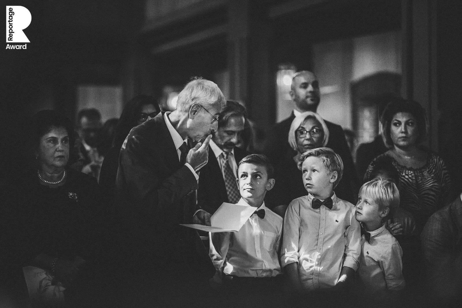 This Is Reportage Award * Collection 6 * Rossi Photography * Hochzeitsreportage * Die Entstehung eines Momentes * skurrile Hochzeitsmomente