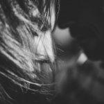 kennenlern-shooting in gießen - close-up-portraet von alina und philipp