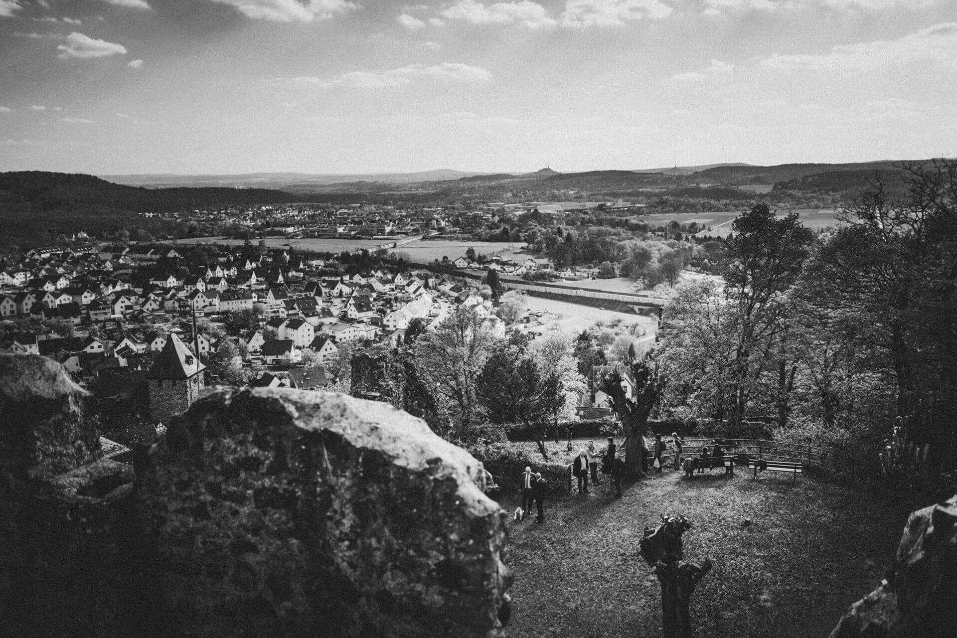 Hochzeitsfotograf Lollar - Hochzeitslocation Burg Staufenberg - lebendige und kreative Hochzeitsreportagen